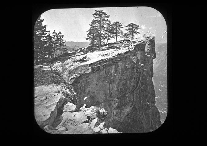 'Point Lookout Yosemite, copyright Kingston Museum and Heritage Service, 2010'